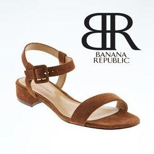 Banana Republic Brown Suede Low Heel Sandal. 9